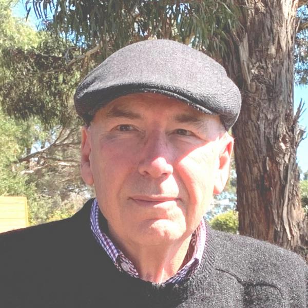 Emeritus-Prof-Graham-Tulloch-Photograph