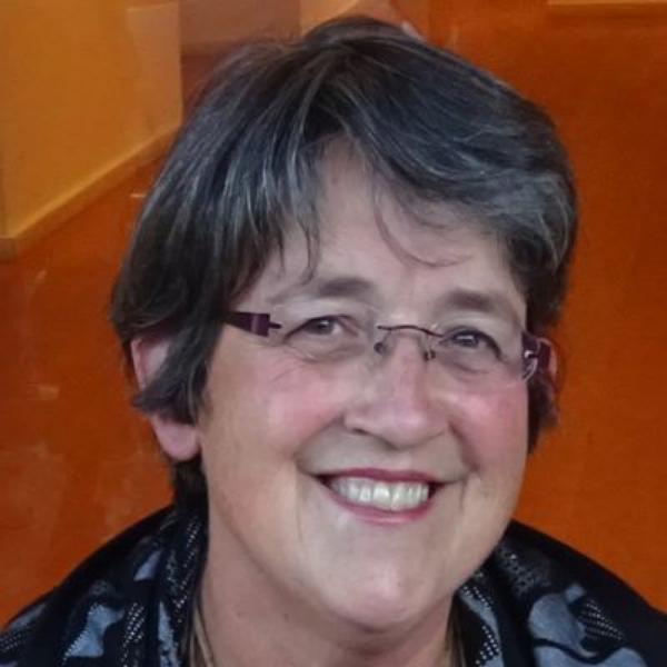 Professor-Libby-Robin