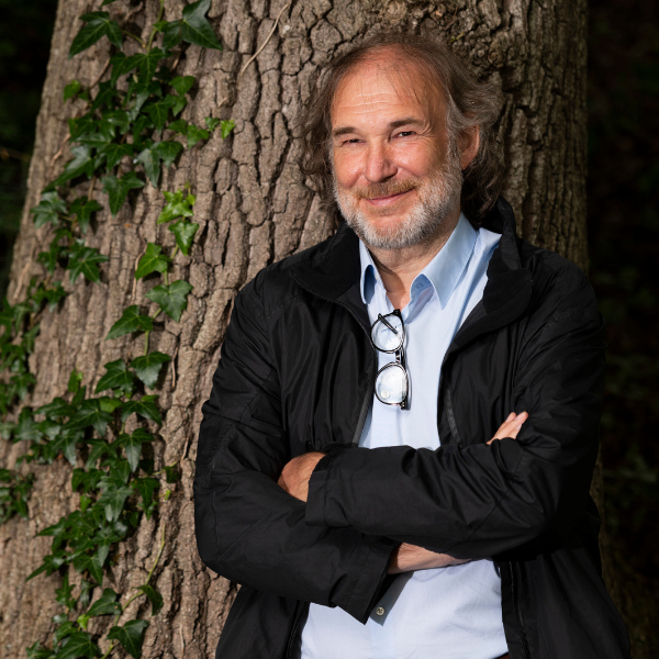 Professor-Christof-Mauch-Photograph